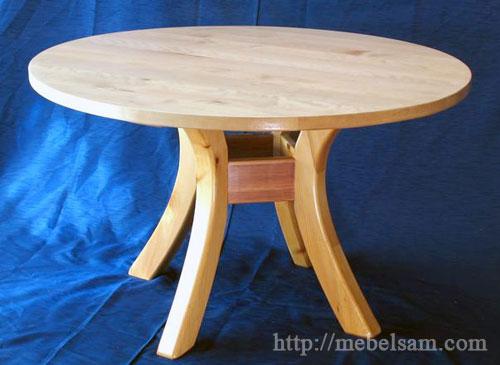 Изготовление круглого обеденного стола с гнутыми ножками.