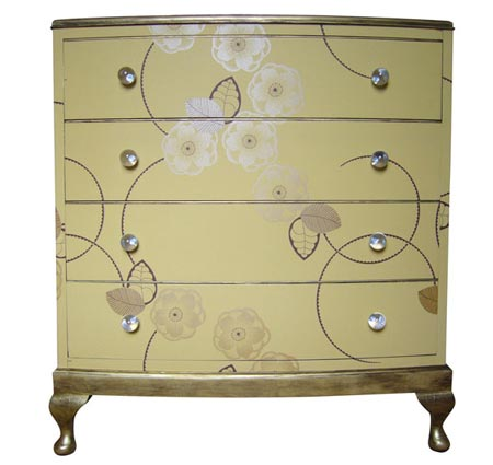 Chest of drawers in yellow with gold flowers