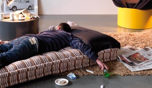 Huggy bed - обнимающая кровать